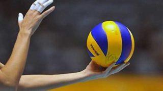 Занятия волейболом