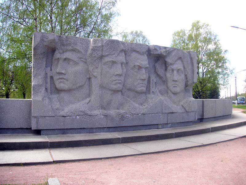 Мемориал Приморский в Петергофе