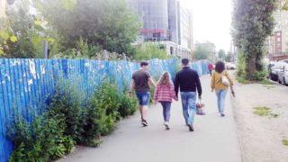 Напротив метро Кировский завод