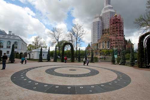 Не работает фонтан на Торговой площади в Новом Петергофе
