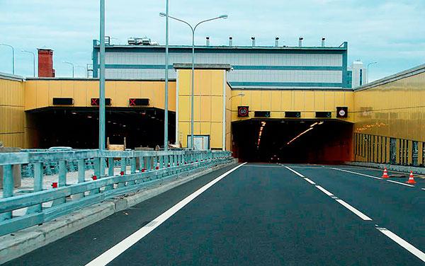 Тоннель КАД под дамбой