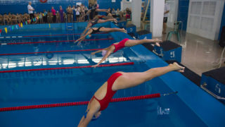 Соревновния по плаванию