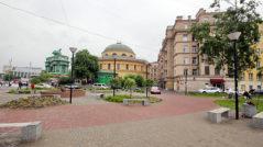 """Сквере возле выхода из метро """"Нарвская"""""""